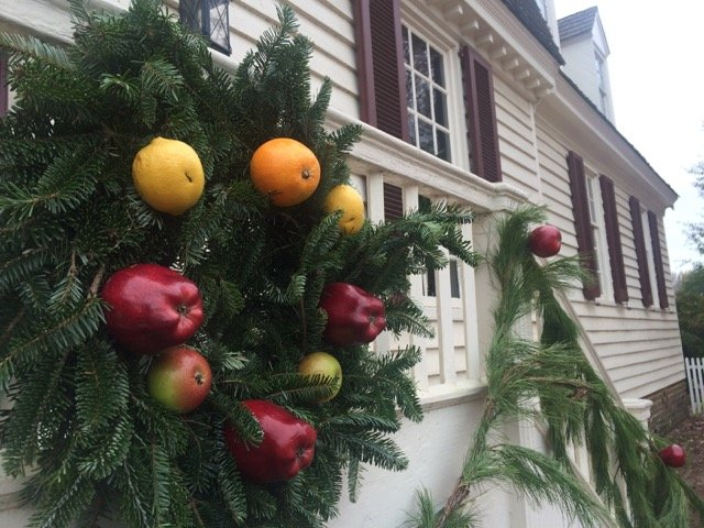 colonial williamsburg christmas decorationsjpeg