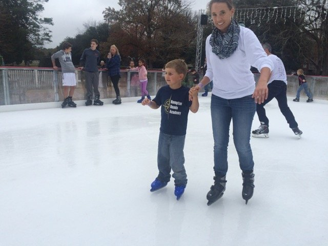 Colonial Williamsburg Ice Rink 2015 4.jpeg
