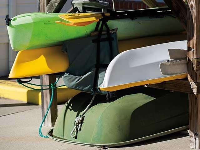 canoes_and_kayaks.jpg