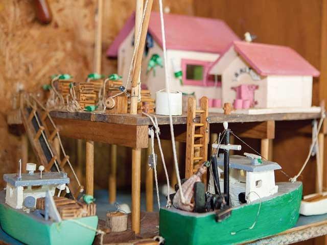 fishing_pier_diorama.jpg
