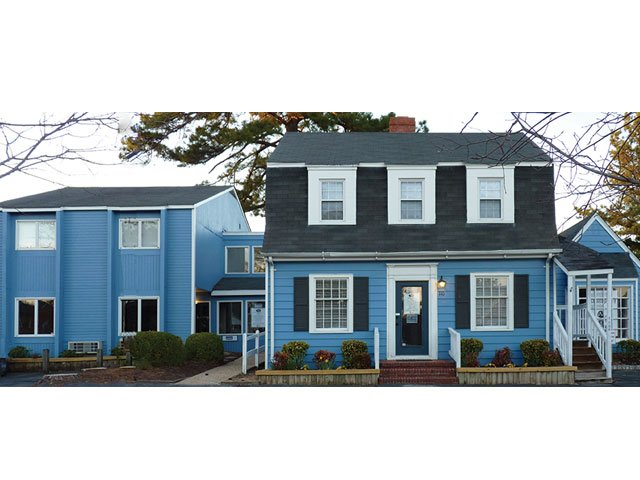 blue_building_on_westover.jpg